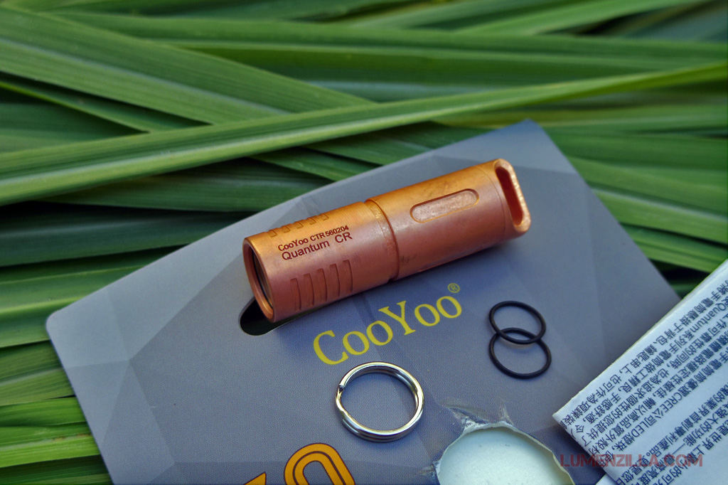 02-cooyoo-quantum-cr-copper-flashlights-spare-o-rings-ring-split-and-manual-book