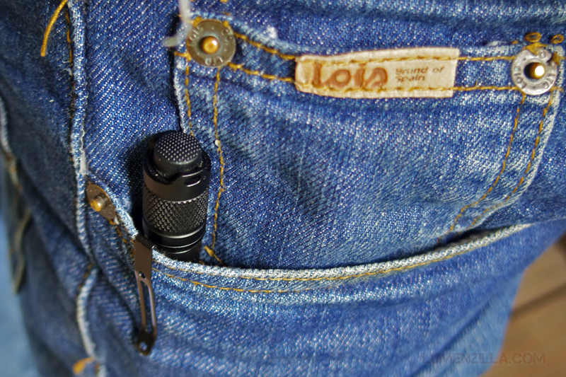 12-lumintop-tool-clipped-on-pocket-clip