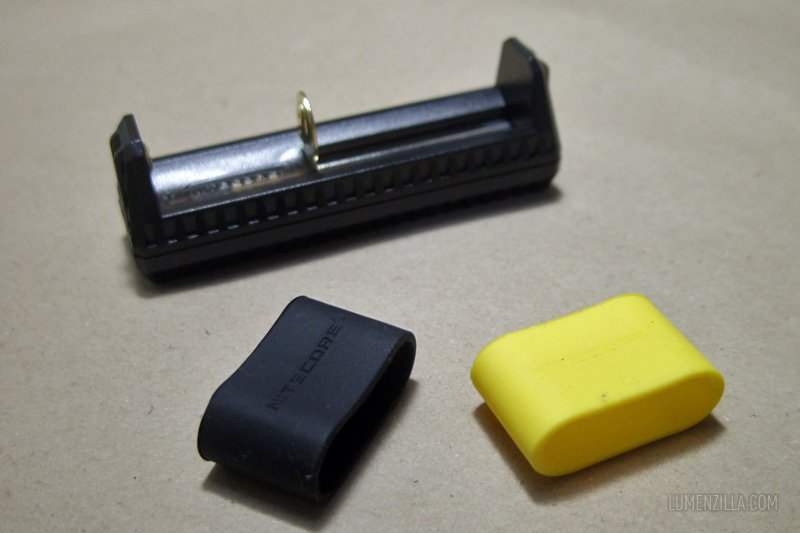 03 nitecore f1 package content