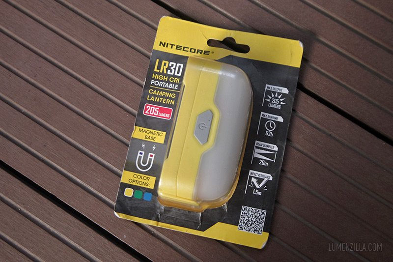 nitecore lr30 in the blister pack