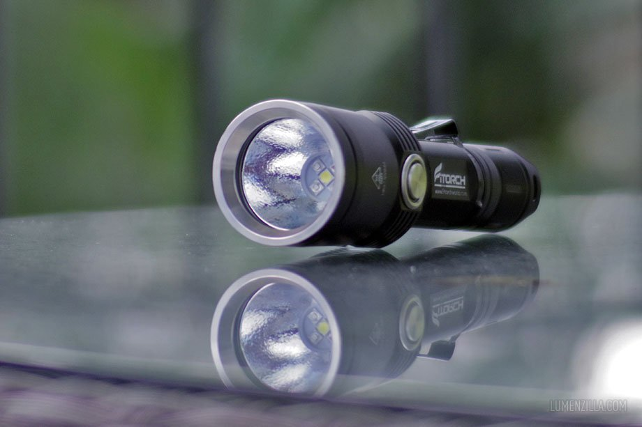 Fitorch MR35, 1200 lumens plus RGB LED + UV