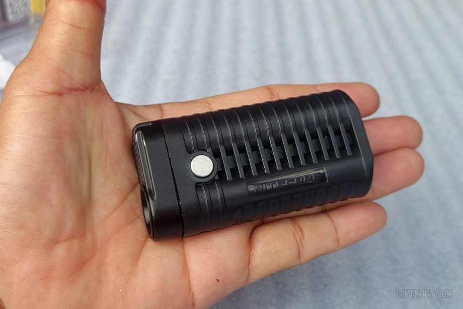 nitecore mt22a compact on hand
